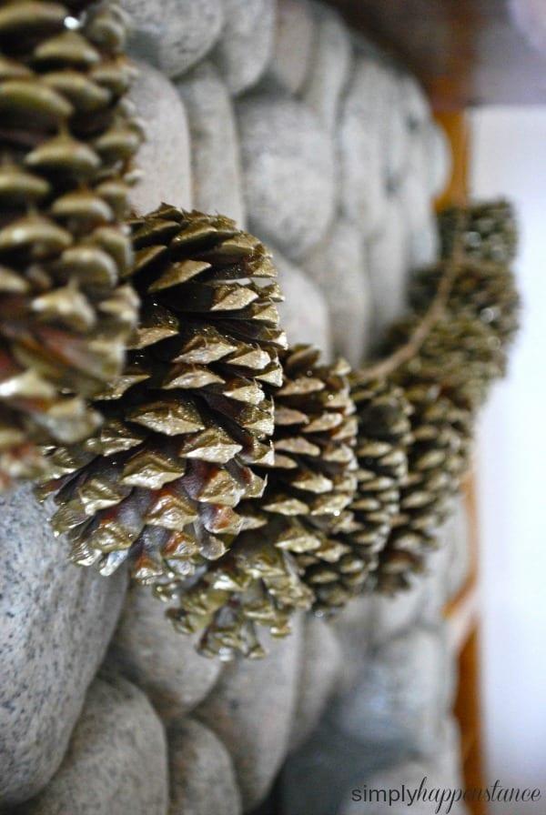DIY pinecone garland {simply happenstance}