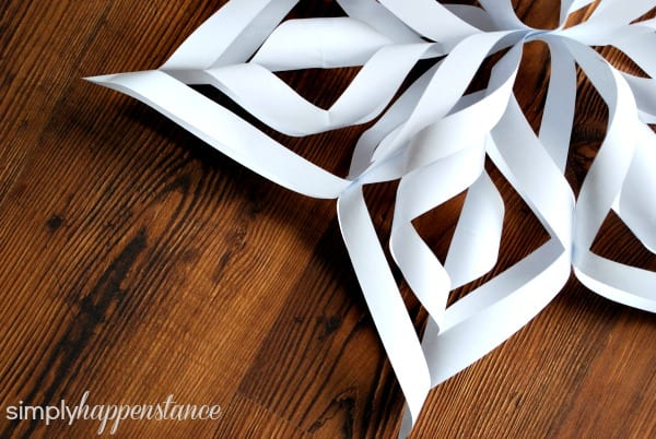 DIY Snowflake {via Simply Happenstance Blog}