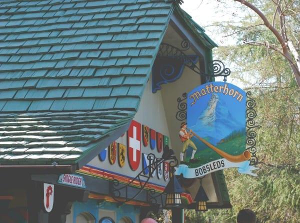 #Disneyland 12 (image via Simply Happenstance)
