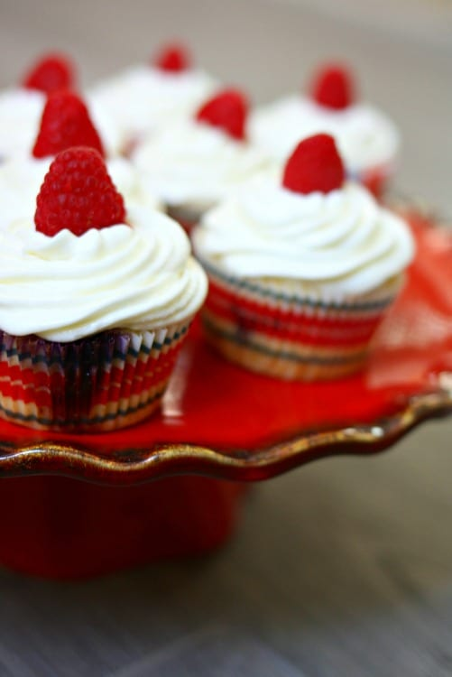 red white and blueberry patriotic cupcakes