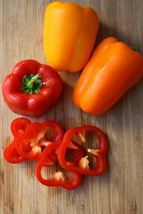 Bell Peppers for Crock Pot Barbecue Chicken Sandwiches