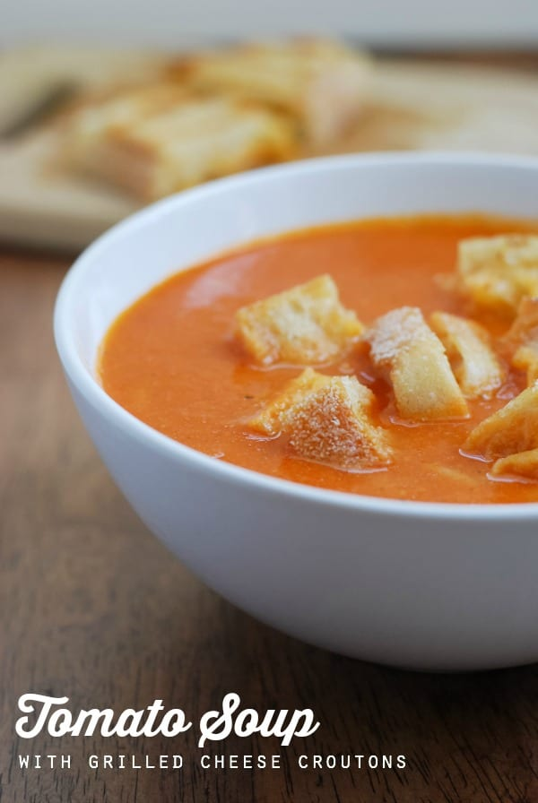 Homemade Tomato Soup with Grilled Cheese Croutons {recipe on simplyhappenstance.com} #tomatosoup #grilledcheese