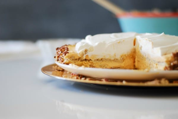 Pumpkin Ice Box Cake -- the perfect Thanksgiving dessert! {simplyhappenstance.com}