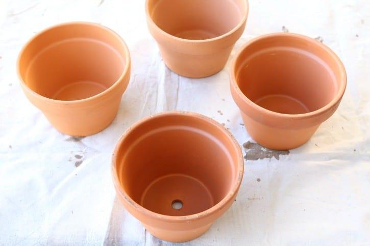 Terra Cotta Pots before spray paint.