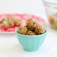 Protein Packed Energy Bites (Simply Happenstance) #energyballs #nobake #cleaneating #simple